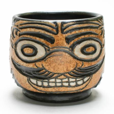 face-urn-56